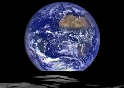 Lunar Orbiter Earthrise
